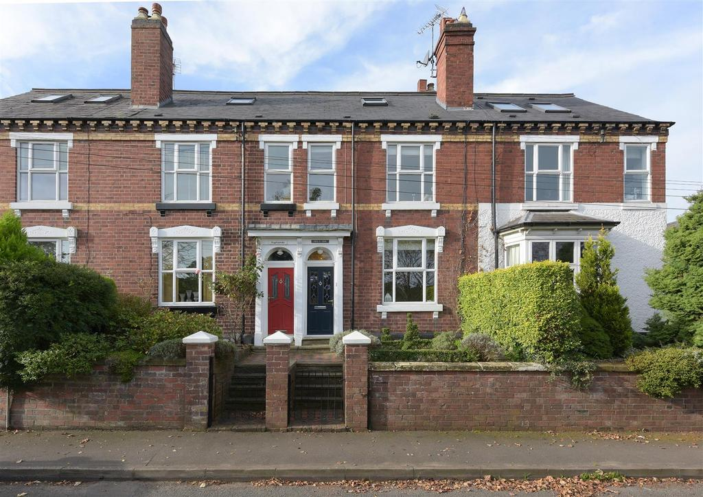 3 Bedrooms Terraced House for sale in Bromsgrove Road, Clent, Stourbridge