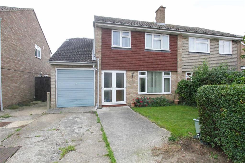 4 Bedrooms Semi Detached House for sale in Recreation Walk, Ramsden Heath, Billericay