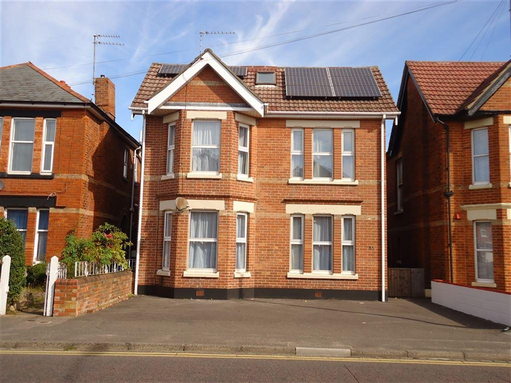 6 Bedrooms House for rent in Alma Road, Winton, Bournemouth, Dorset