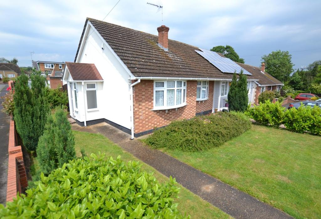 2 Bedrooms Semi Detached Bungalow for sale in Sebert Close, Billericay, Essex, CM11