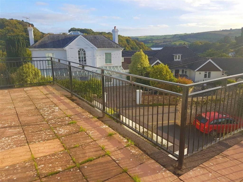 2 Bedrooms Apartment Flat for rent in Stoke Gabriel, Totnes, Devon, TQ9