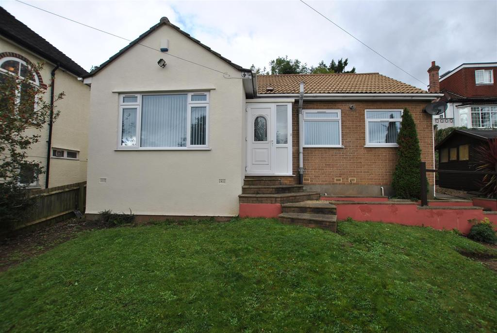2 Bedrooms Detached Bungalow for sale in Wells Road, Knowle, Bristol