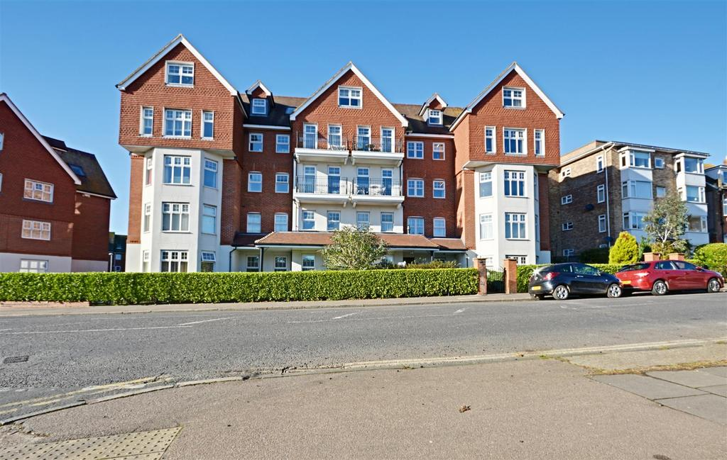 2 Bedrooms Flat for sale in Upper Sea Road, Bexhill-On-Sea
