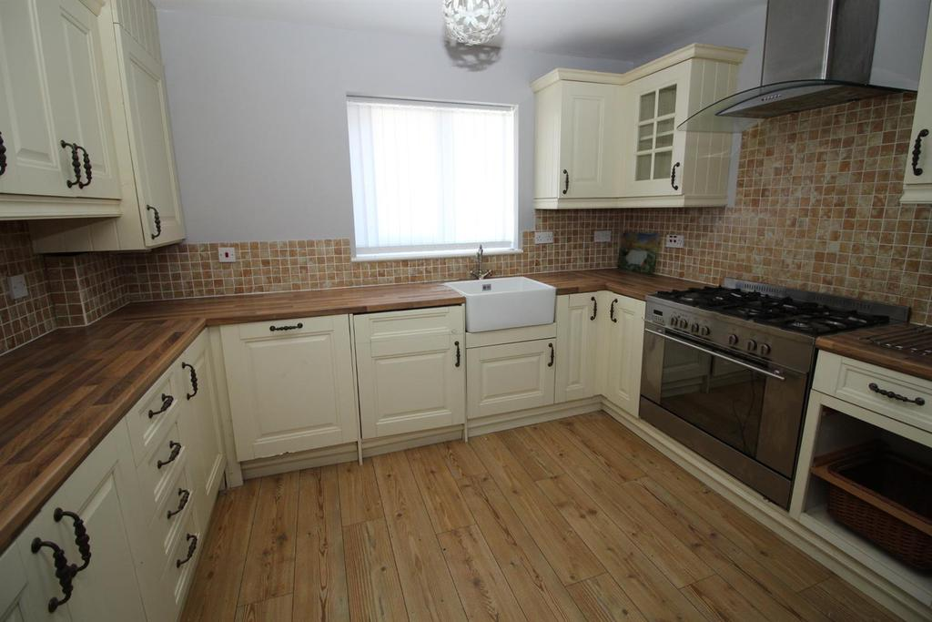 3 Bedrooms House for sale in Woodlands Mews, Burnopfield