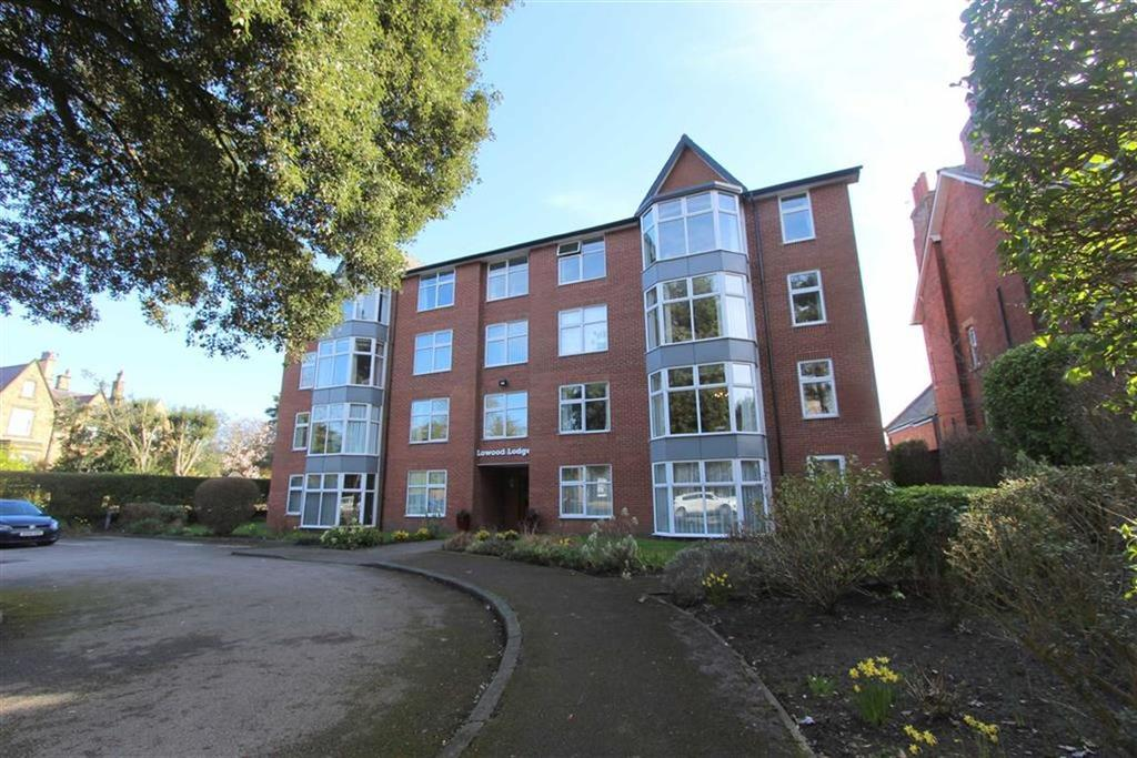 2 Bedrooms Apartment Flat for sale in Lowther Terrace, Lytham St Annes, Lancashire