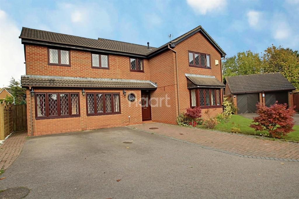 7 Bedrooms Detached House for sale in Detached Family Home in Barton Hills