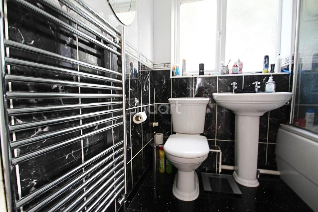 4 Bedrooms Detached House for sale in Caroline Crescent, Broadstairs, CT10