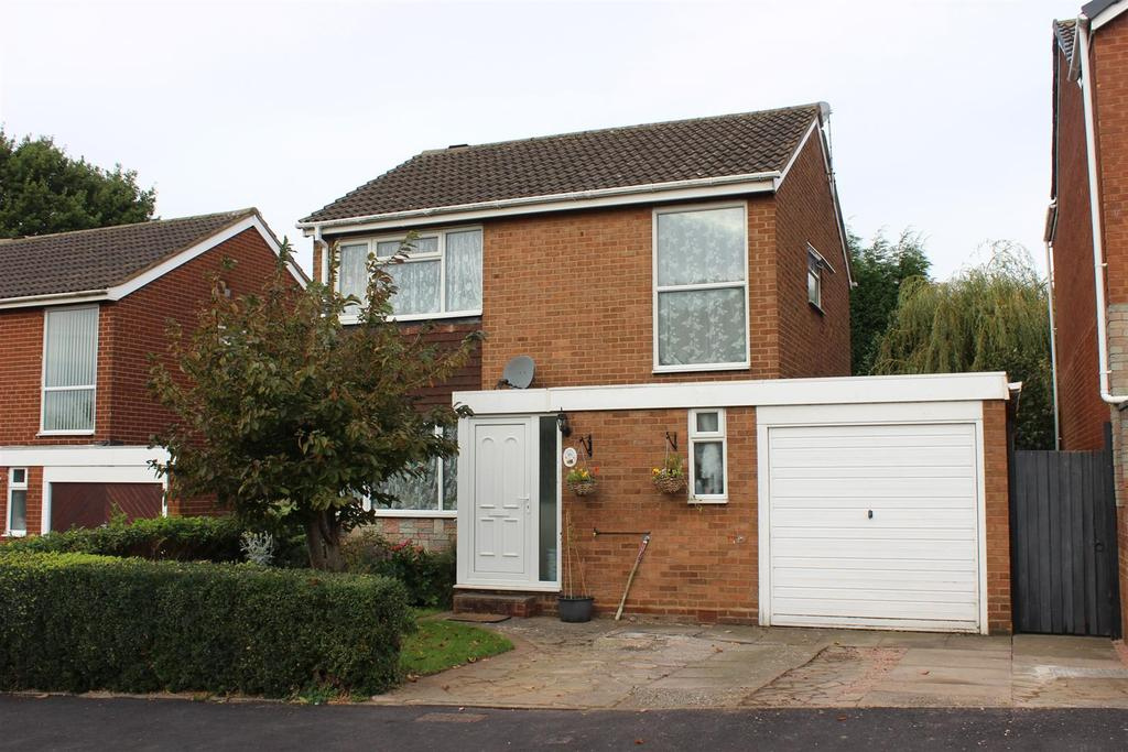 3 Bedrooms Detached House for sale in Belsize, Tamworth