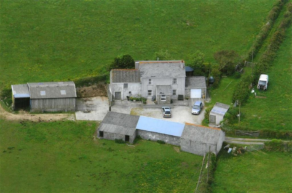 4 Bedrooms Detached House for sale in Penhalurick, Redruth, Cornwall, TR16