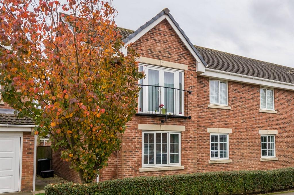 2 Bedrooms Flat for sale in 126 Moat Way, Brayton, SELBY, North Yorkshire