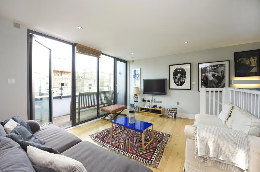 3 Bedrooms House for sale in Munro Mews, North Kensington W10