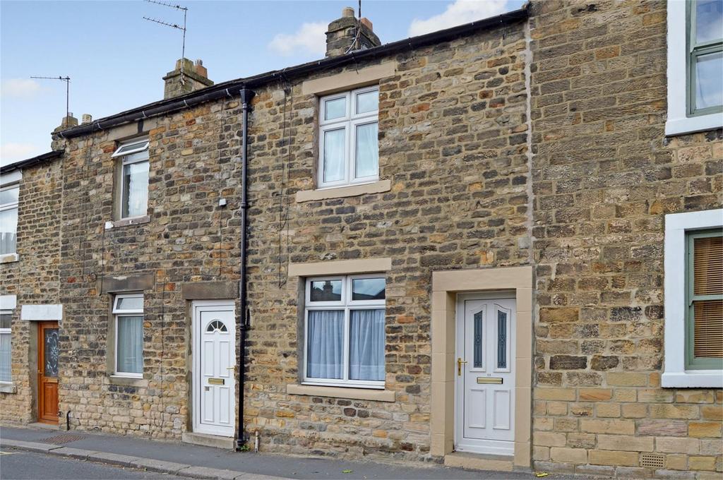 2 Bedrooms Terraced House for sale in Queen Street, Barnard Castle, Durham