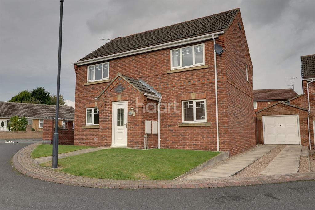 3 Bedrooms Detached House for sale in Old School Close, Armthorpe, Doncaster