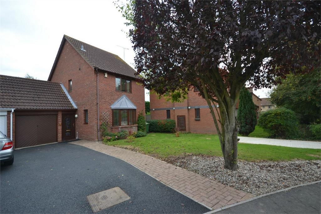 3 Bedrooms Link Detached House for sale in Courtland Mews, Maldon, Essex