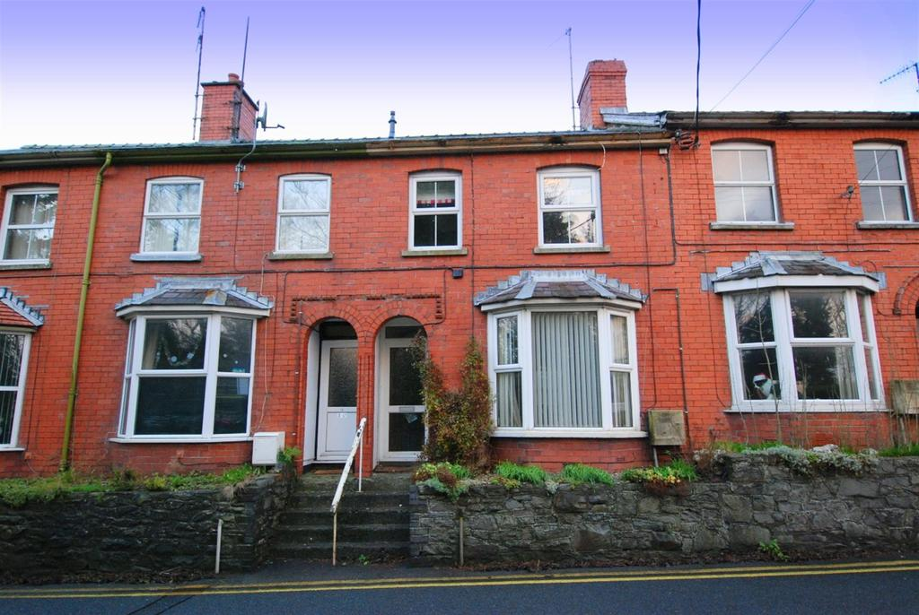 3 Bedrooms Terraced House for sale in Wye View Terrace, Rhayader