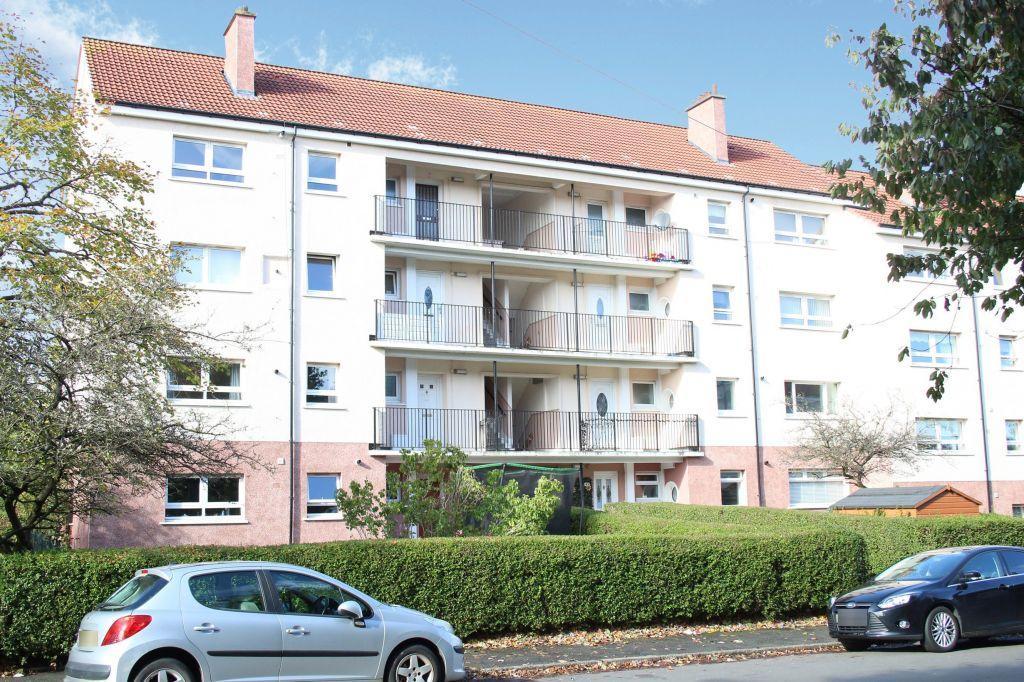 3 Bedrooms Flat for sale in 1/2, 39 Corlaich Avenue, Toryglen, Glasgow, G42 0DT