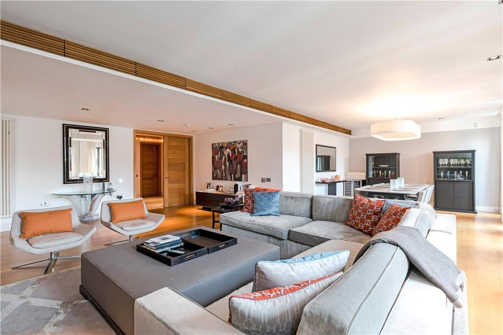 3 Bedrooms Flat for sale in Davies Street, Mayfair, London, W1K