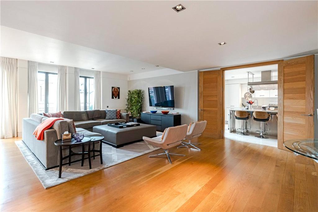 3 Bedrooms Flat for sale in Davies Street, London, W1K
