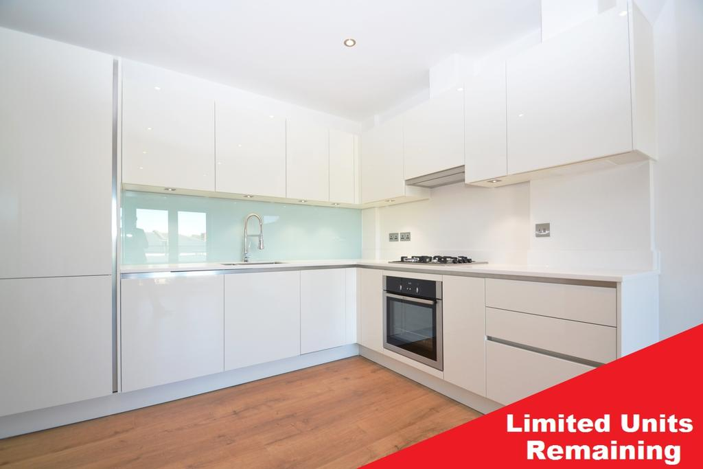 1 Bedroom Flat for sale in Robert Square Lewisham SE13