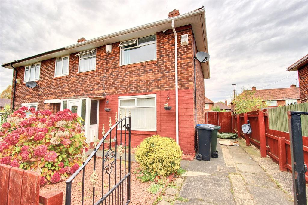 3 Bedrooms Semi Detached House for sale in Hereford Close, Linthorpe