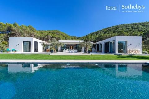 4 bedroom detached house  - Charming Villa Close To Jesus, Santa Eulalia, Ibiza