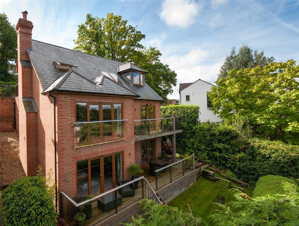 4 Bedrooms Detached House for sale in Tower Hill, Dorking, Surrey, RH4