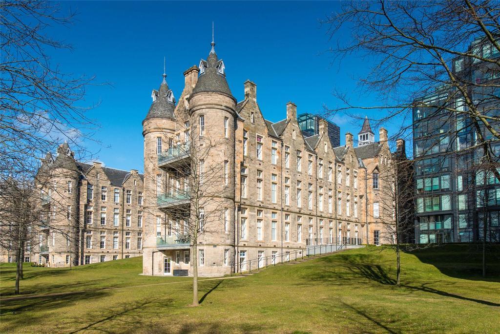 3 Bedrooms Apartment Flat for sale in Simpson Loan, Edinburgh