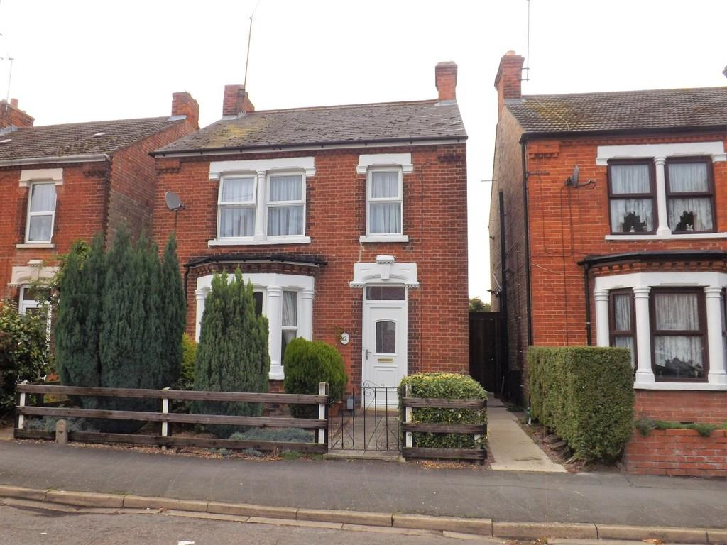 3 Bedrooms Detached House for sale in Colvile Road, Wisbech