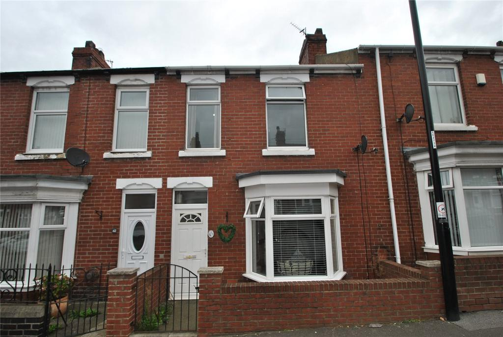3 Bedrooms Terraced House for sale in Station Avenue North, Fence Houses, Houghton le Spring, DH4
