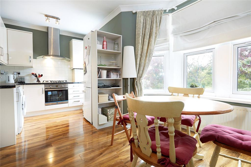 3 Bedrooms Flat for sale in Horn Lane, London, W3