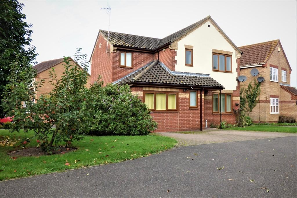 4 Bedrooms Detached House for sale in Macpherson Robertson Way, Mildenhall