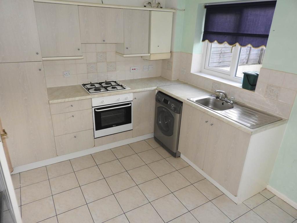 2 Bedrooms House for rent in Clos Eileen Chilcot, Llansamlet, Swansea