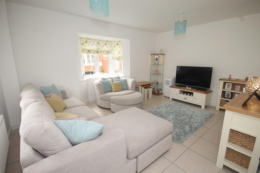 3 Bedrooms Detached House for sale in Buffkyn Way, Maidstone