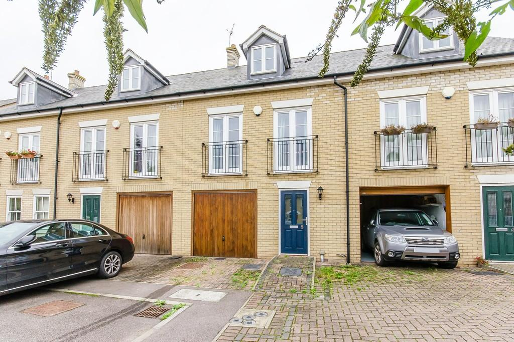 3 Bedrooms Terraced House for sale in Cavendish Court, Cambridge