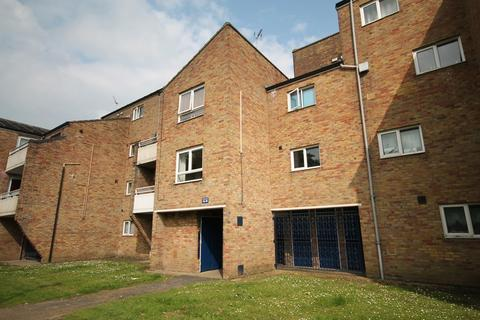 1 bedroom apartment to rent - Woburn Close
