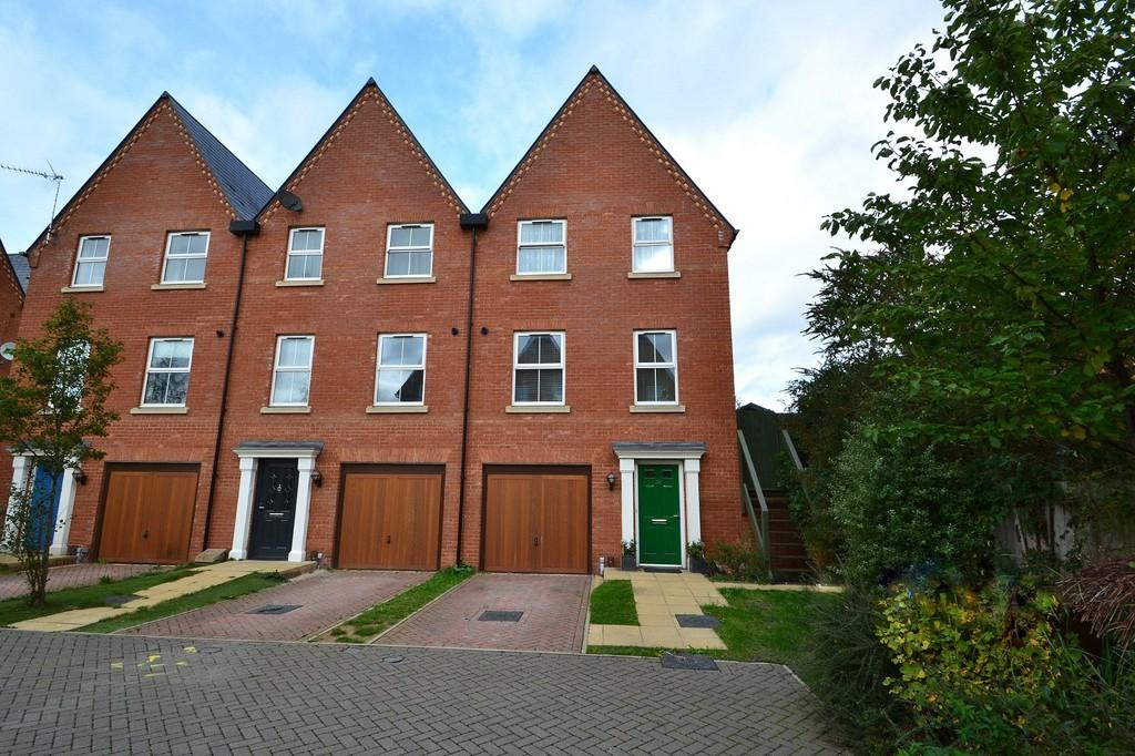 3 Bedrooms End Of Terrace House for sale in Hawes Street, Ipswich, IP2 8RL
