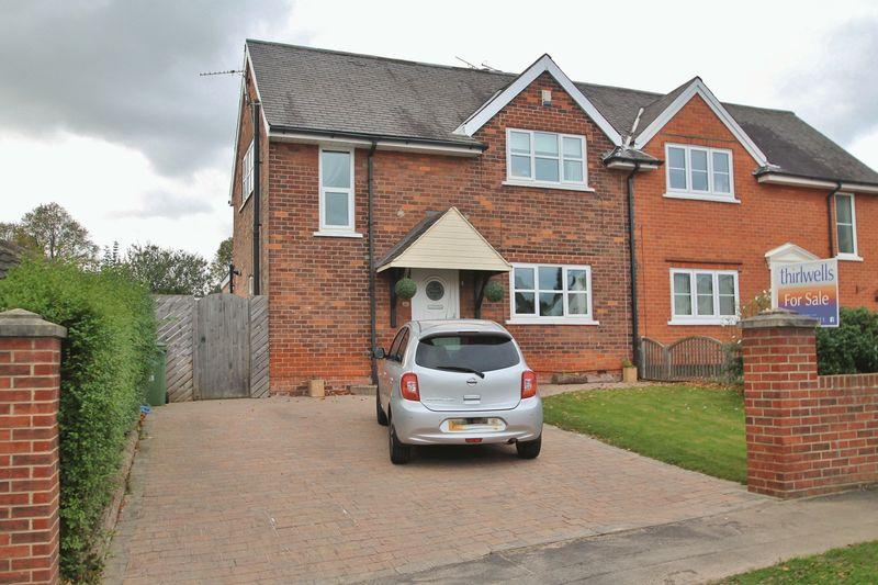 3 Bedrooms Semi Detached House for sale in East Avenue, Billingham