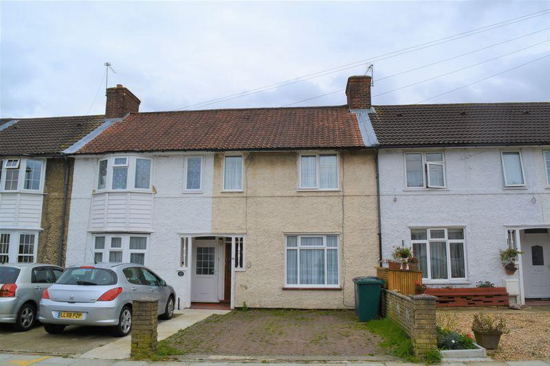2 Bedrooms Terraced House for sale in Two Bedroom Terrace House in Edgware!