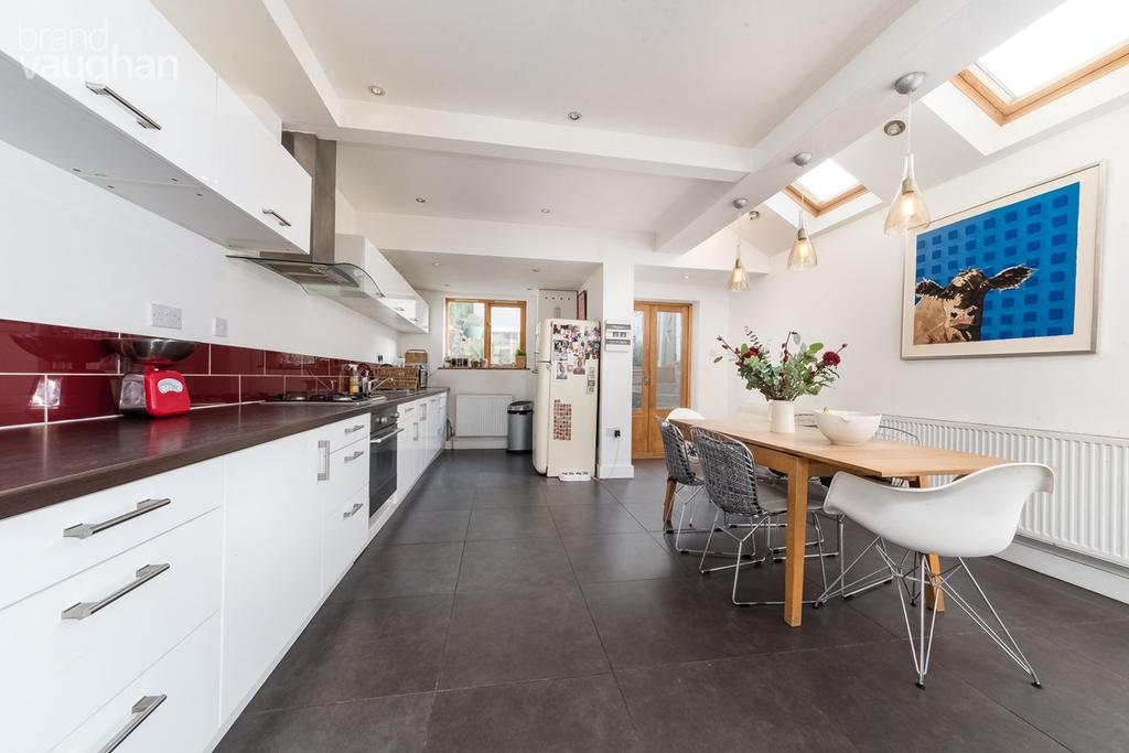 5 Bedrooms End Of Terrace House for sale in Herbert Road, Brighton, BN1
