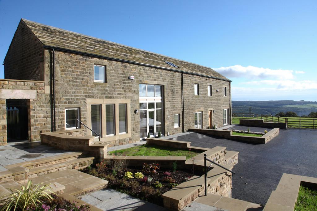3 Bedrooms Barn Conversion Character Property for sale in Linhay Barn, Lumb Lane, Oughtibridge