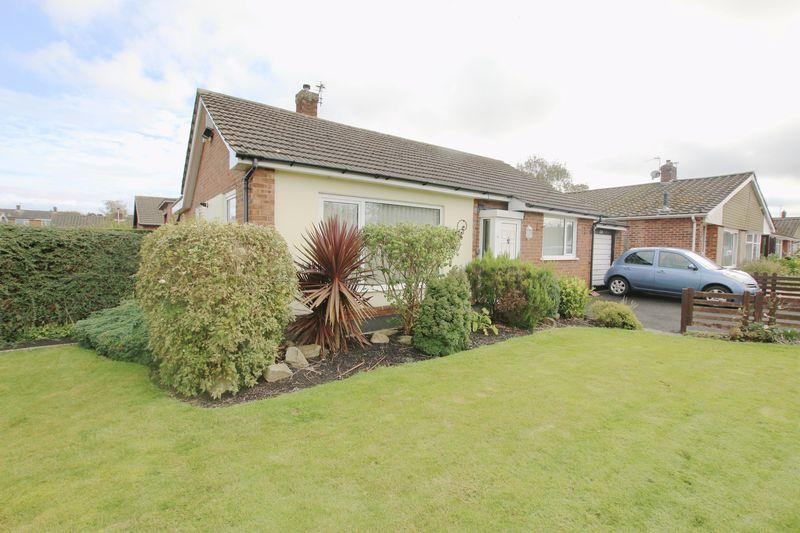 2 Bedrooms Detached Bungalow for sale in Clifford Avenue, Longton