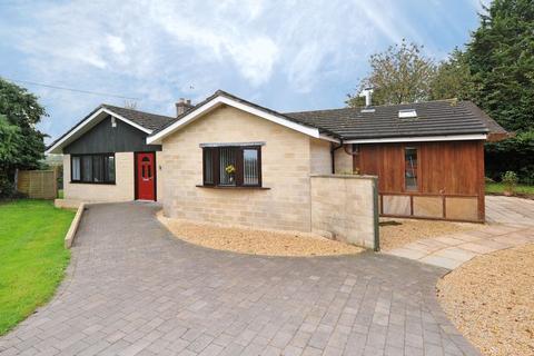 4 bedroom detached bungalow for sale - Magdalen Lane, Wingfield