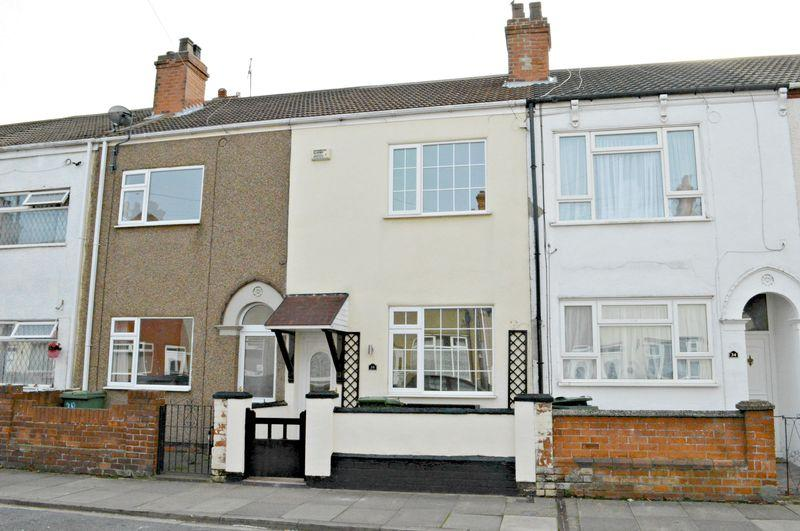 3 Bedrooms Terraced House for sale in Montague Street, Cleethorpes