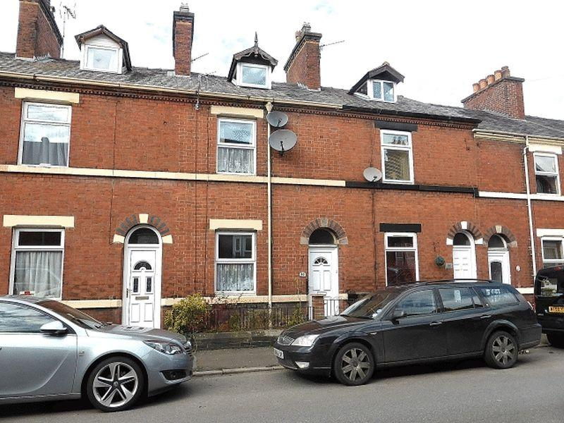 3 Bedrooms Terraced House for sale in Southbank Street, Leek