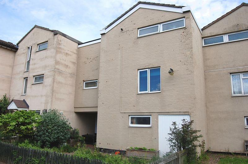 5 Bedrooms Terraced House for sale in Butterwick Walk, Corby