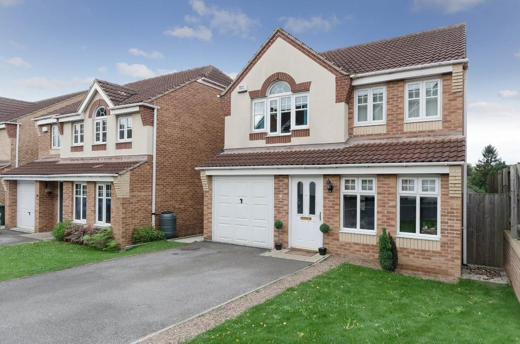 4 Bedrooms Detached House for sale in Madison Close, Ackworth
