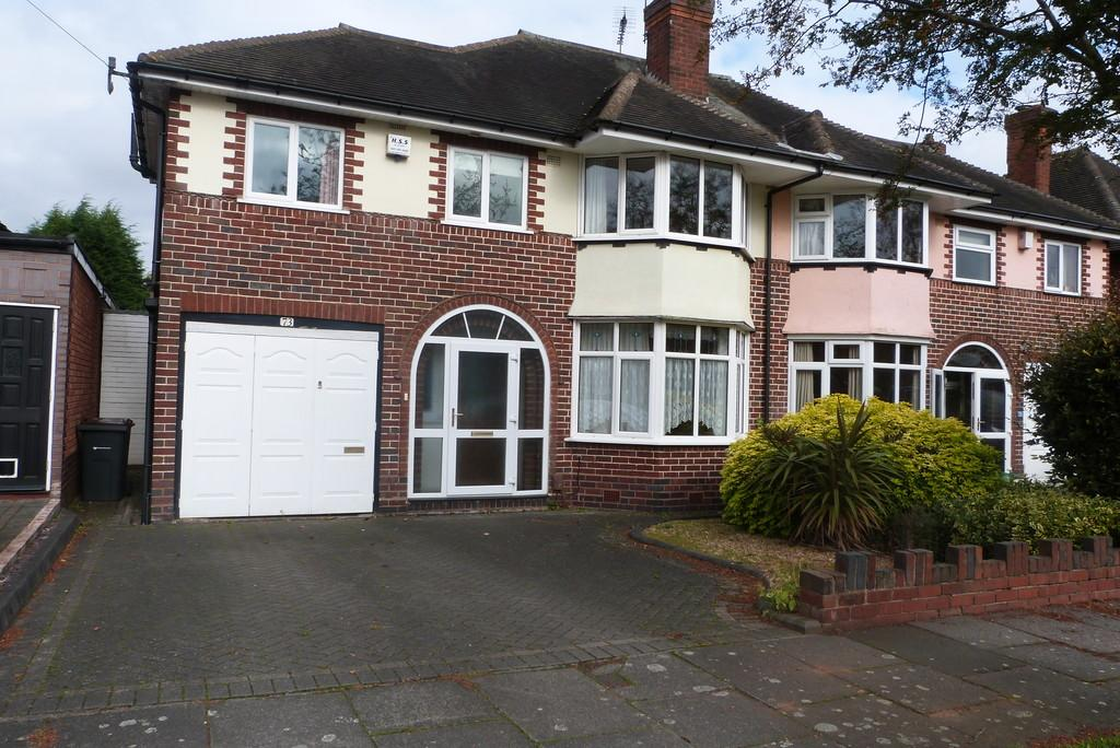 4 Bedrooms Semi Detached House for sale in Beeches Drive , Erdington