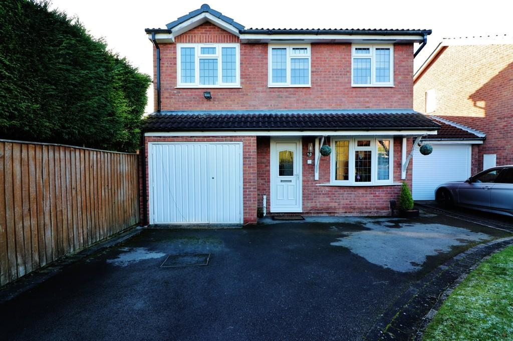 3 Bedrooms Detached House for sale in Bates Close, Walmley