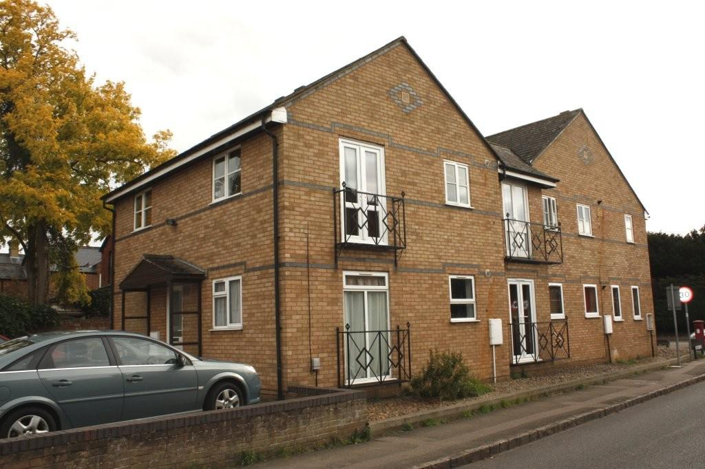 2 Bedrooms Apartment Flat for sale in 2b Laburnum Road