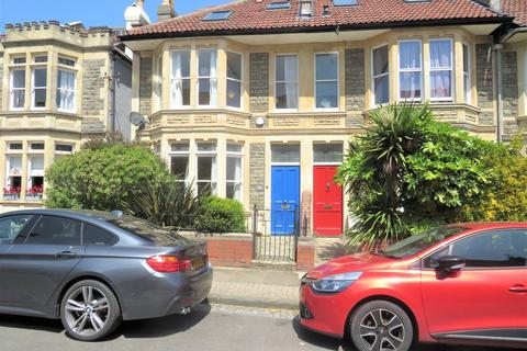 4 bedroom end of terrace house to rent - Cairns Road, Westbury Park, BS6 7UA